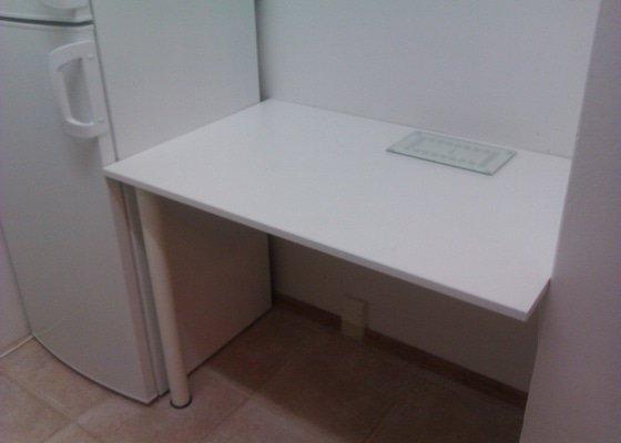 Výroba stolu a montáž