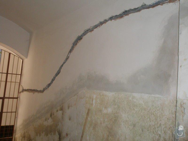 Výmalba a renovace zábradlí ve společných prostorách domu: 2