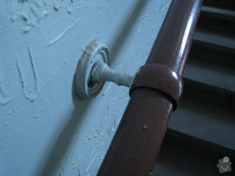 Výmalba a renovace zábradlí ve společných prostorách domu: 8
