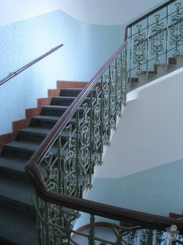 Výmalba a renovace zábradlí ve společných prostorách domu: 10_2_