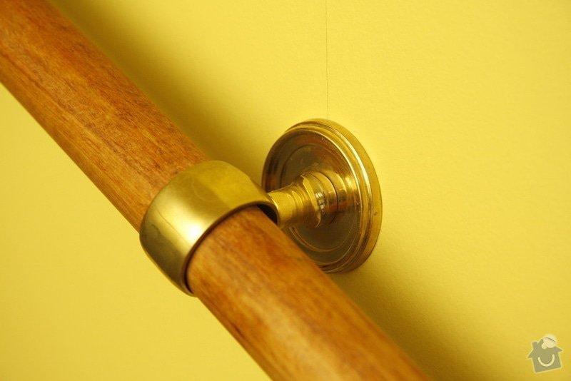 Výmalba a renovace zábradlí ve společných prostorách domu: 11