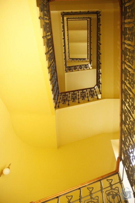 Výmalba a renovace zábradlí ve společných prostorách domu: _MG_7618
