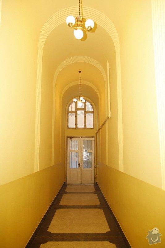 Výmalba a renovace zábradlí ve společných prostorách domu: 20