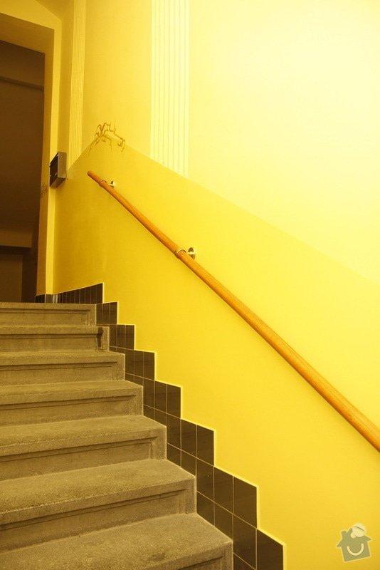 Výmalba a renovace zábradlí ve společných prostorách domu: _MG_7555