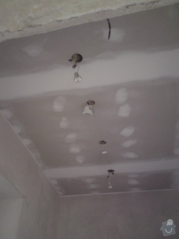 Snížení a zateplení podhledu v části RD: DSC01379