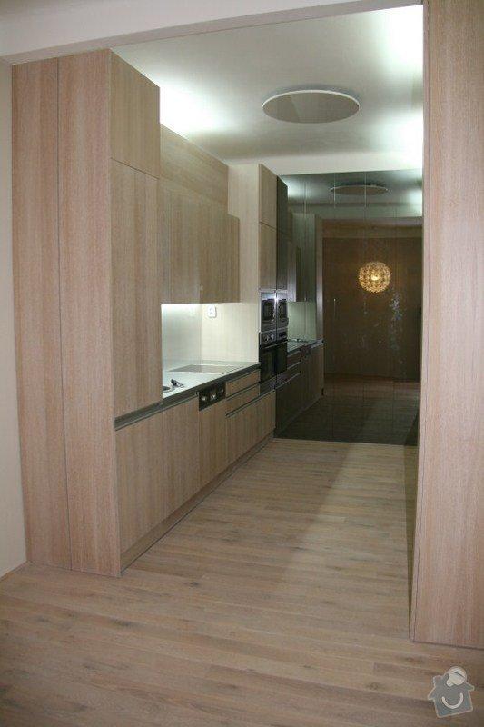 Kuchyně, vestavěná skříň: IMG_8680
