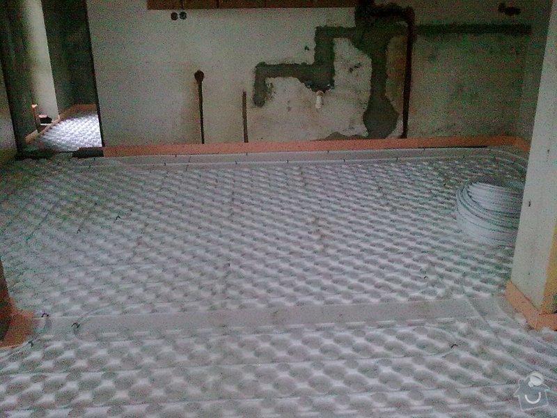 Rekonstrukce střechy a podlahové topení: StudankaRek_71_