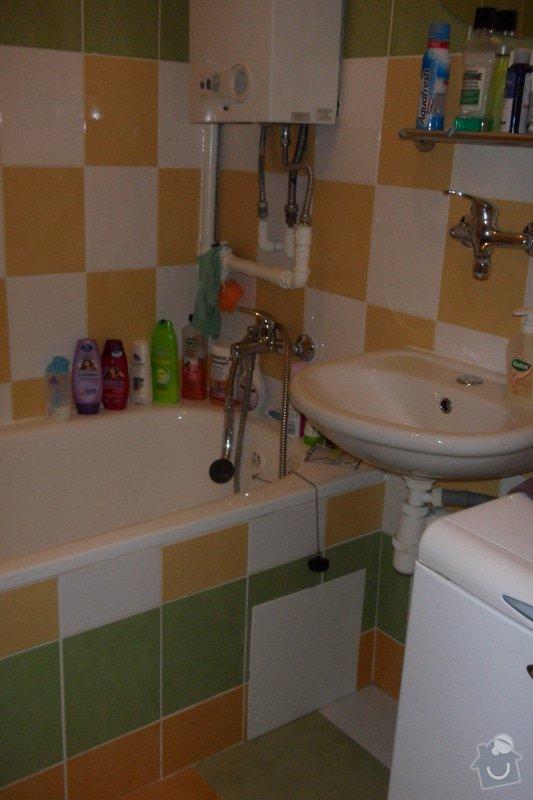Obkladačské práce (koupelna, WC, obložení stěny za kuchyňskou linkou a dřezem): SAM_0744