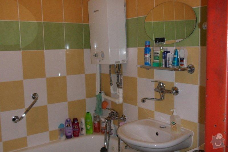 Obkladačské práce (koupelna, WC, obložení stěny za kuchyňskou linkou a dřezem): SAM_0739