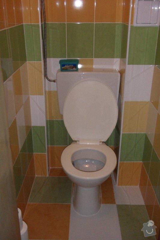 Obkladačské práce (koupelna, WC, obložení stěny za kuchyňskou linkou a dřezem): SAM_0748