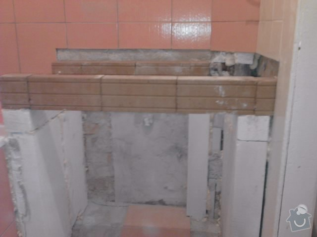 Rekonstrukce koupelny: P081211_15.19