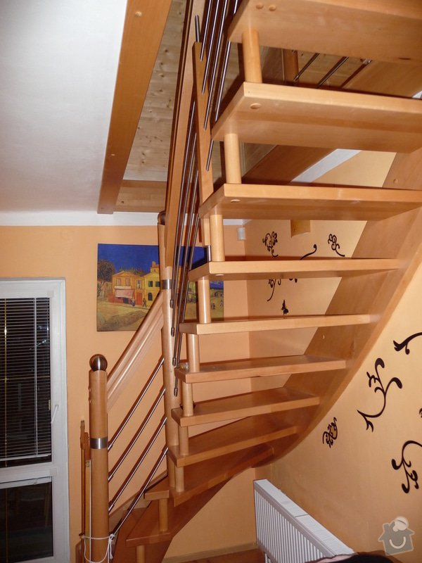 Dubové schodiště s nerezovým zábradlím : P1050513