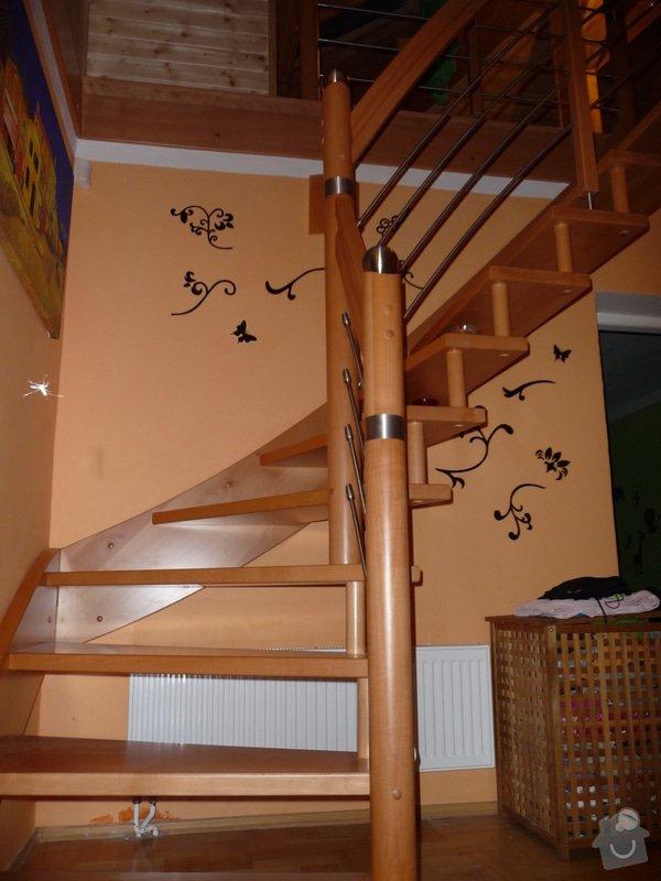 Dubové schodiště s nerezovým zábradlím : P1050514
