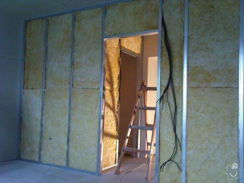Stropní podhledy a příčky ze sádrokartonu: DSC00038