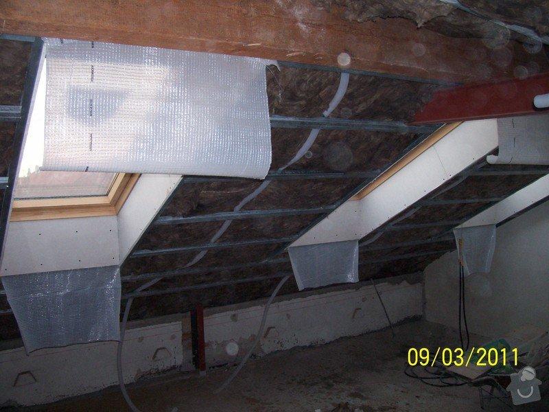 Sádrokartonářské obklady-stropy, stěny, podkroví, schody: 100_5377