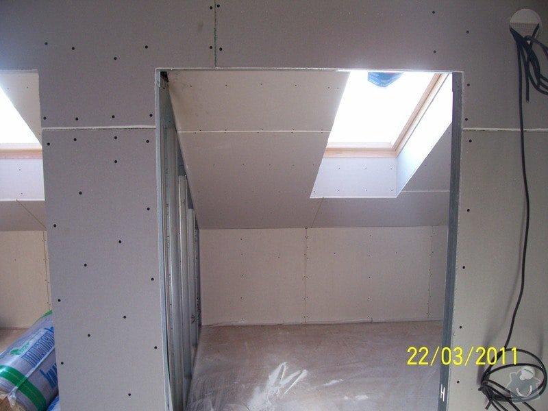 Sádrokartonářské obklady-stropy, stěny, podkroví, schody: 100_5462