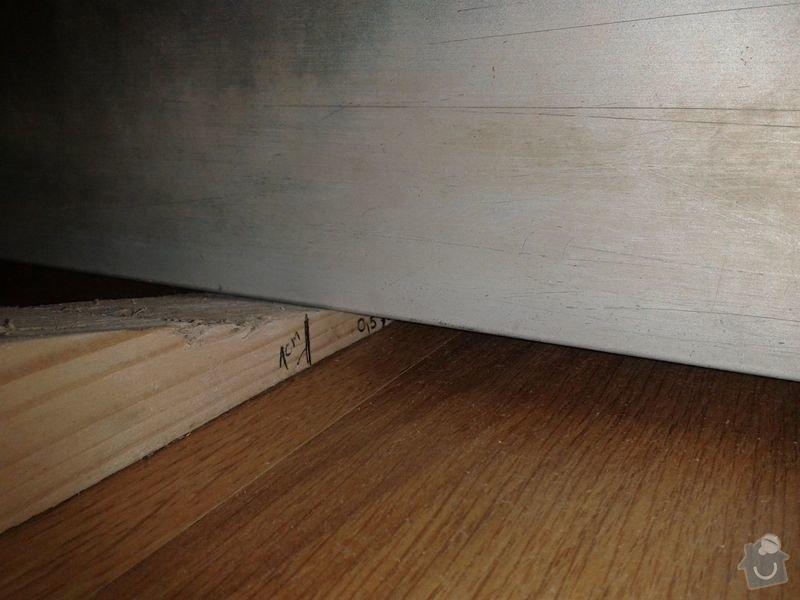 Pokládku laminátové plovoucí podlahy: Podlaha_obyvak_II