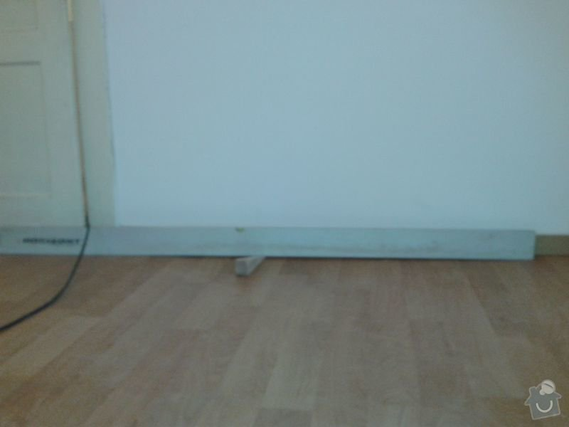 Pokládku laminátové plovoucí podlahy: Podlaha_obyvak_III