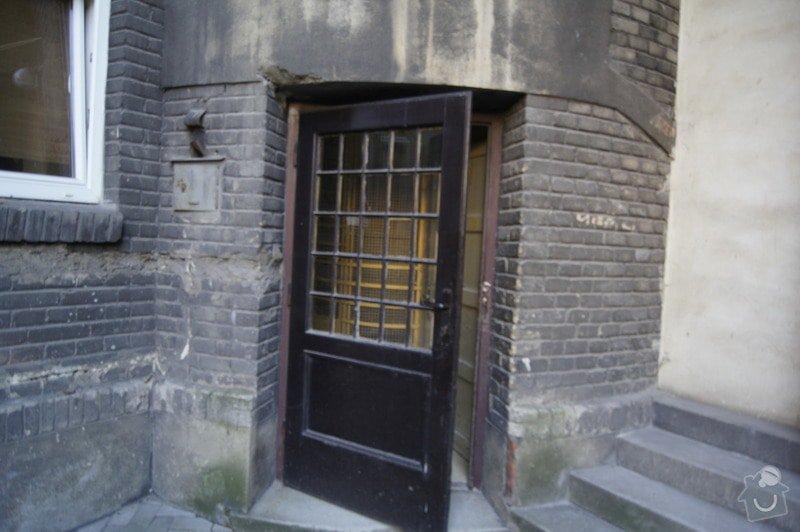 Oprava starých dveří na dvůr: _DSC3774