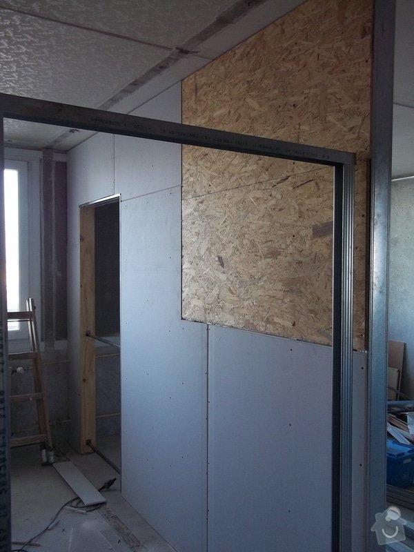 Příčky a stropy v bytě 4+kk: 104_0823