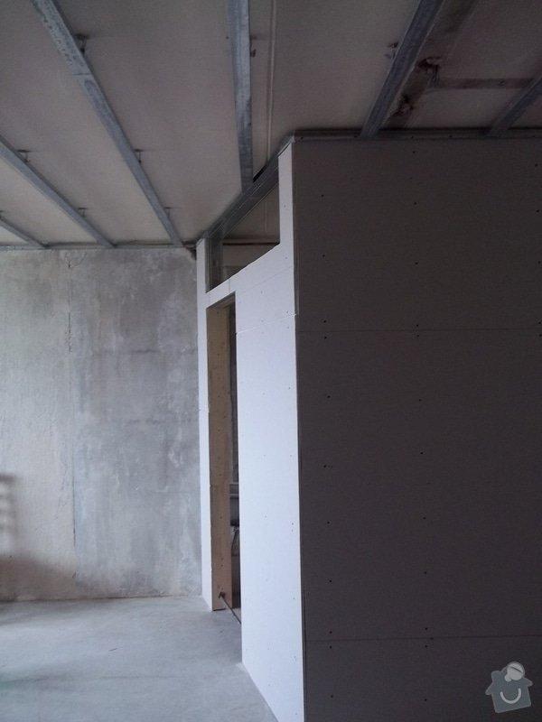 Příčky a stropy v bytě 4+kk: 104_0835