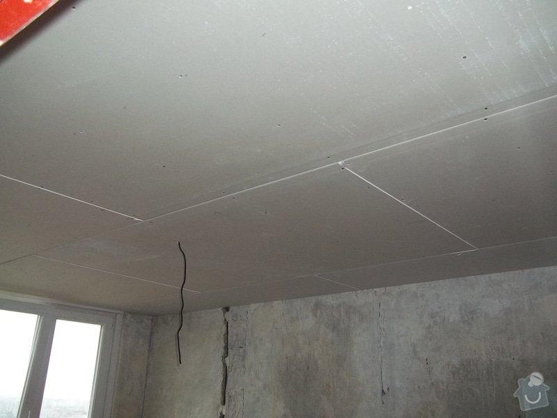 Příčky a stropy v bytě 4+kk: 104_0880