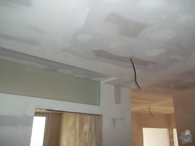 Příčky a stropy v bytě 4+kk: 104_1053