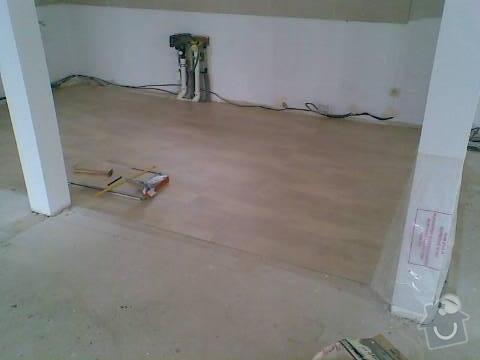 Pokládka VINYLOVÉ podlahy 10.5m2: Obraz042