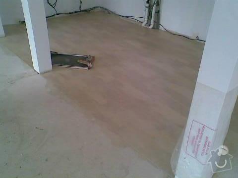 Pokládka VINYLOVÉ podlahy 10.5m2: Obraz043