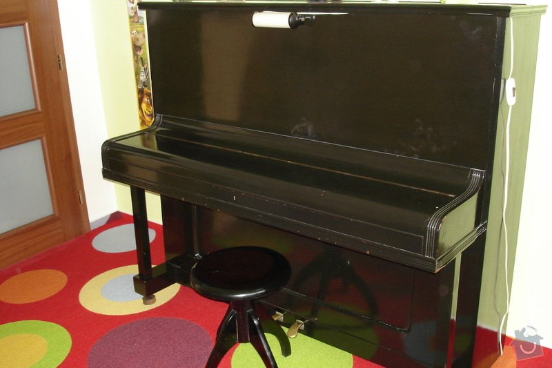 Obnovit nátěr klavíru-piana: DSC02412