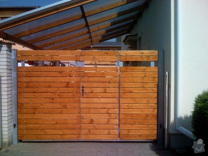 Elektricky otvíraná vrata a zástěny pozemku: 063