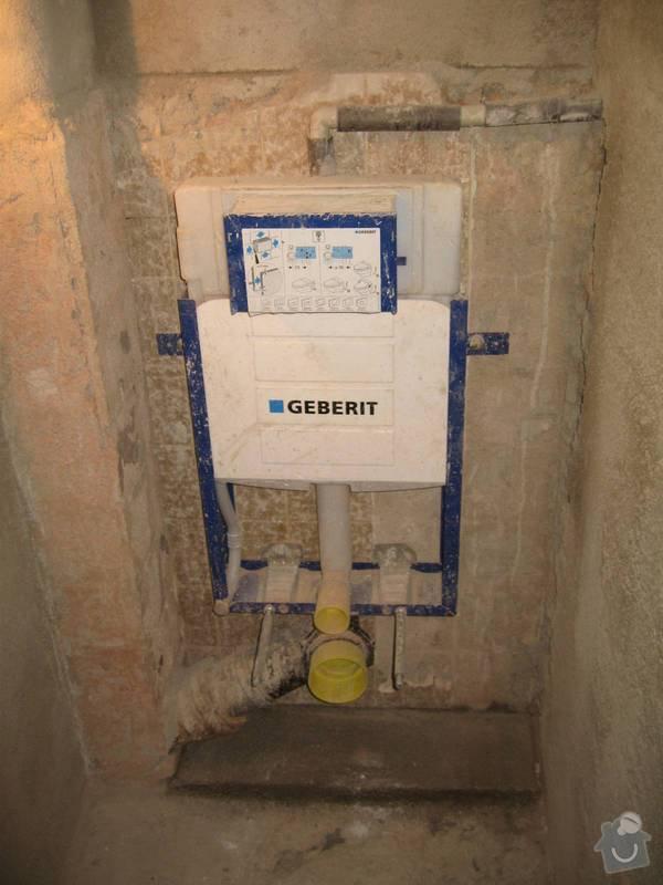 Rekonstrukce WC, opravy, štukování: obezdeni_wc_rezervoaru_1