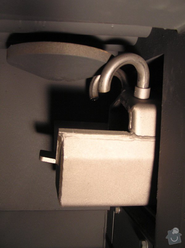 Instalace automatického kotle na tuhá paliva DEFRO AGRO Uni 15 kW v novostavbě RD: 008