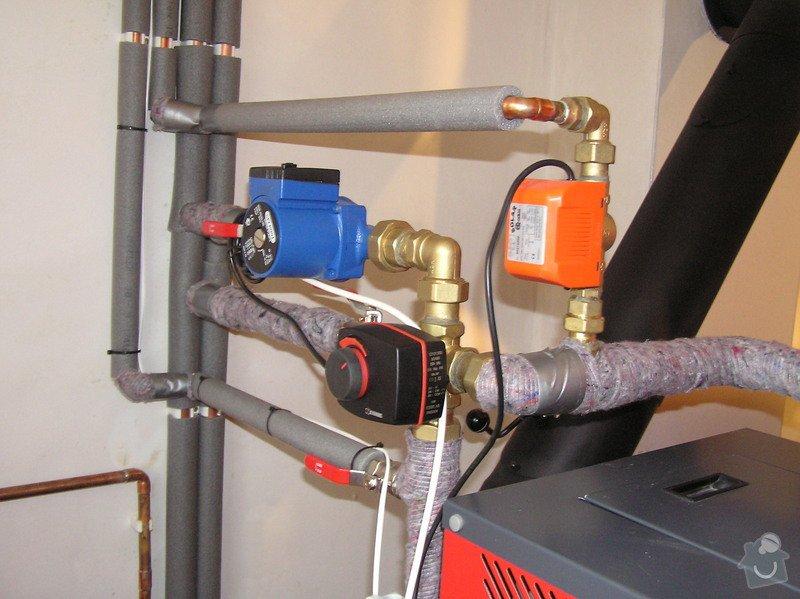 Instalace automatického kotle na tuhá paliva DEFRO AGRO Uni 15 kW v novostavbě RD: 013