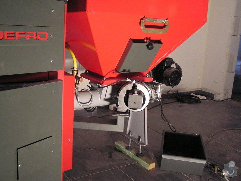 Instalace automatického kotle na tuhá paliva DEFRO AGRO Uni 15 kW v novostavbě RD: 009