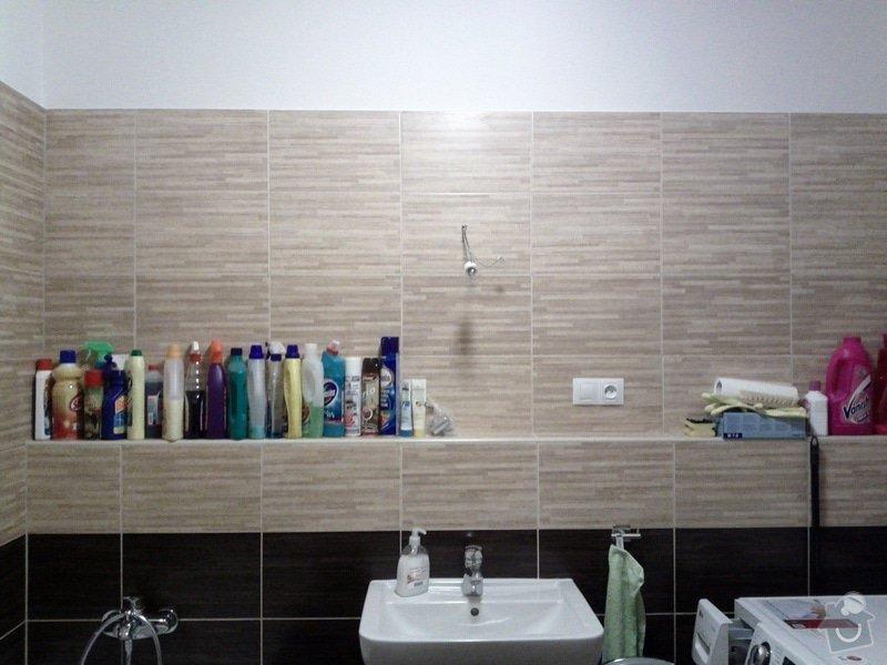 Uřezání 2 zrcadel na míru a jejich přidělání ke zdi: IMG_20120102_231426