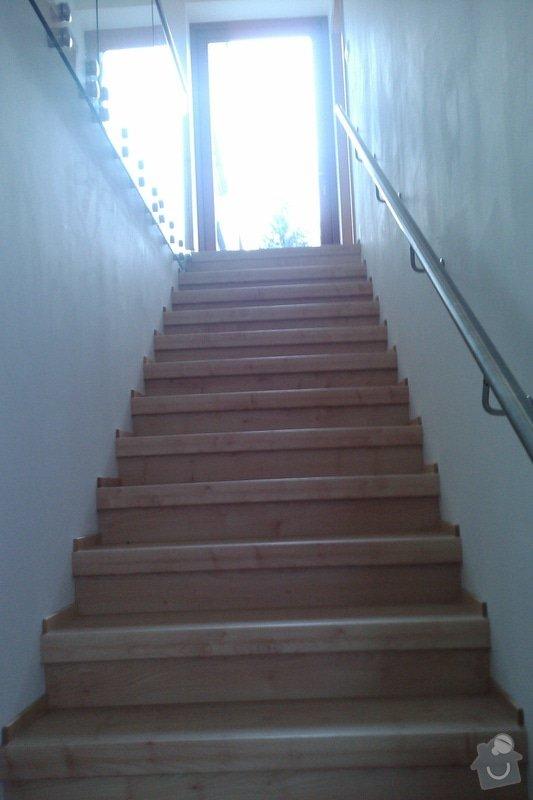 Renovace schodů,nové skleněné zábradlí: Vrane4
