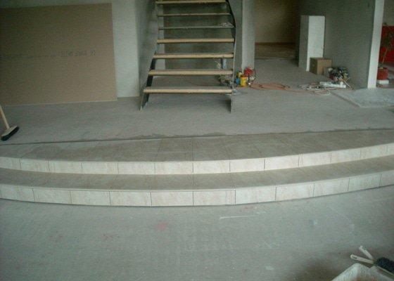 Položení dlažby - schod