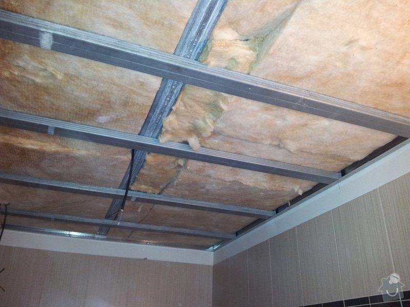 Podhled s bodovým osvětlením a zateplení stropu v soc.zařízení: 20120109_144335