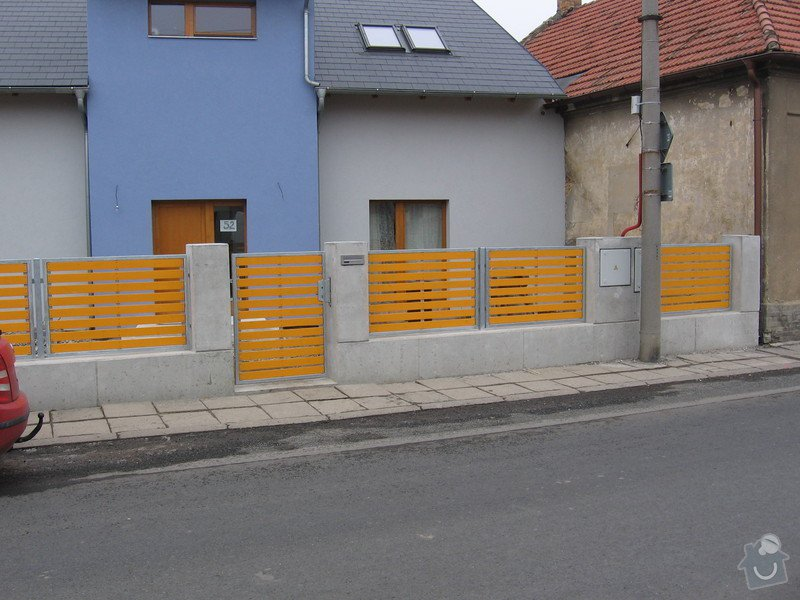 Výroba 9 ks plotových polí,branka a samonosné brány.: IMG_2698