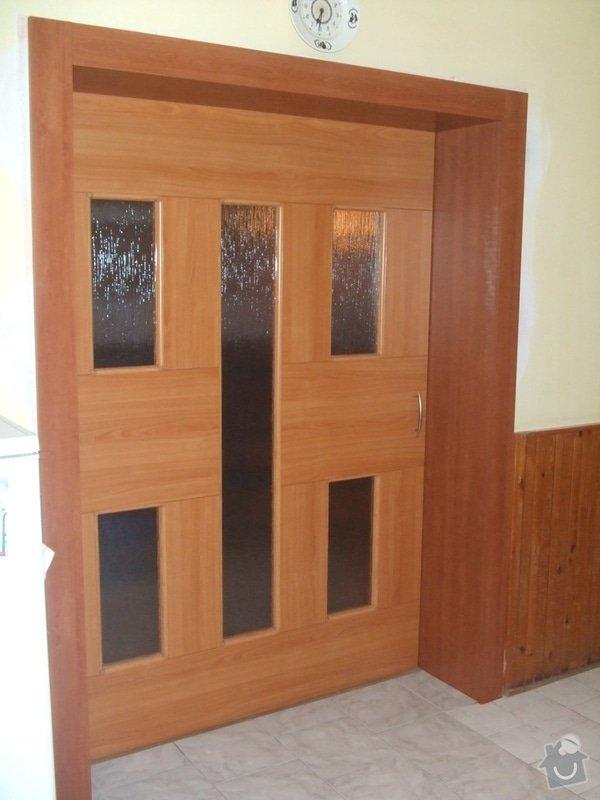 Posuvné dveře + obložka: DSCF2695