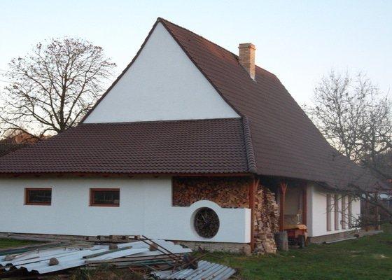 Rekostrukce střechy, oprava krovu, pokládka krytiny, klempířské prvky
