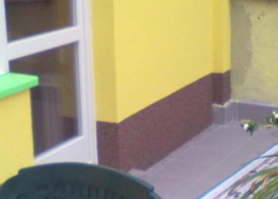 Zeteplení části domu + Instalace okenních parapetů a nátěr omítky