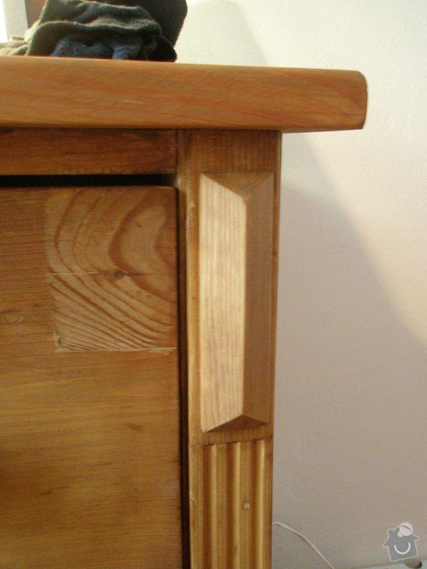 Šatní skříň a knihovna z masivu (borovice, smrk): P1150283