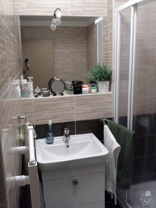 Uřezání 2 zrcadel na míru a jejich přidělání ke zdi: IMG_20120125_230352