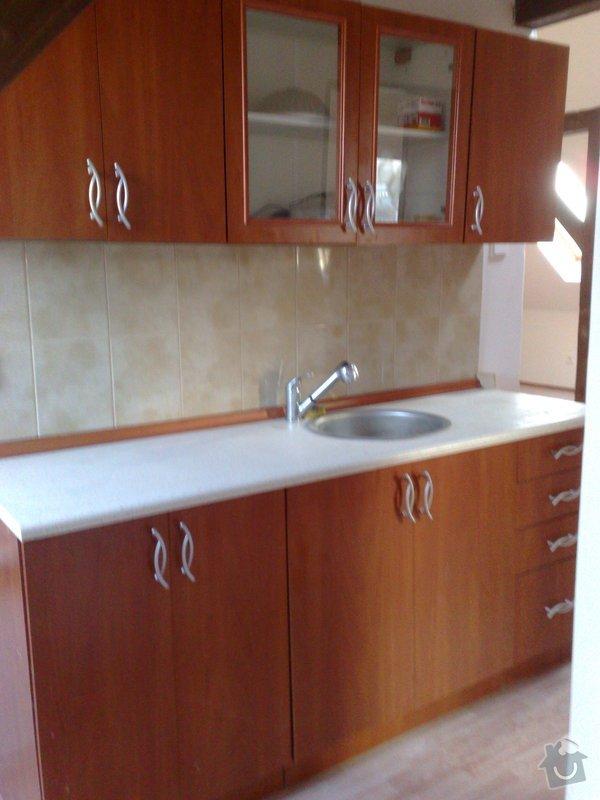 Rekonstrukce podkrovního bytu: 01042011530