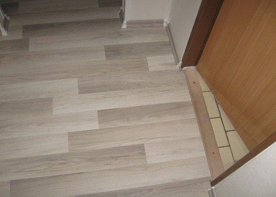 Pokládka laminátové plovoucí podlahy