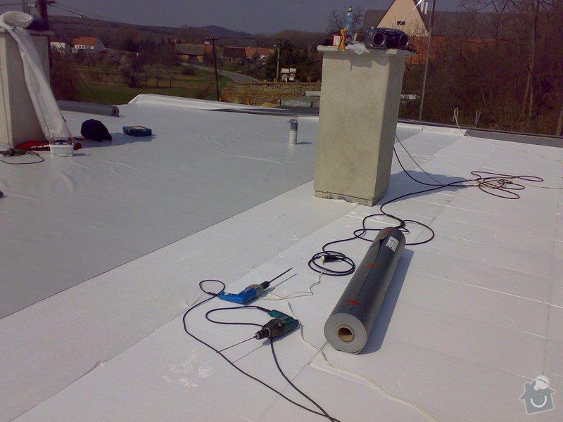 Izolace střechy RD Jedličkovi: 30032007158