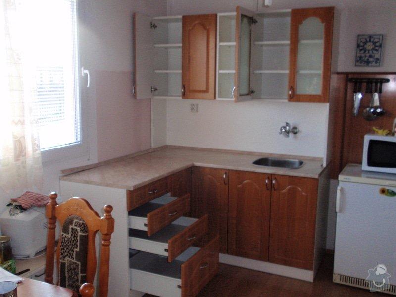 Výroba a montáž kuchyňské linky: P2052276