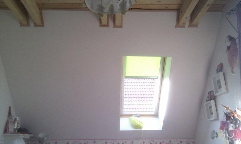 Hvězdný strop na šikminu v dětském pokoji.: IMAG1902